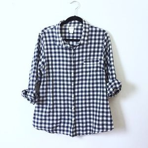 J. Crew Tops - J. Crew The Perfect Shirt in gingham.