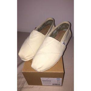 1d8797890698c TOMS Shoes - TOMS NATURAL CANVAS WOMEN S CLASSICS
