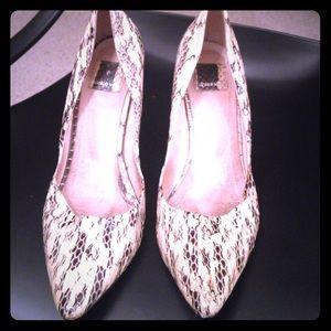 Dolce Vita White snakeskin with silver heel 7.5 LF