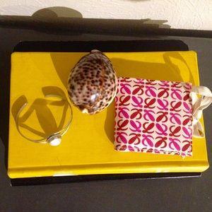 Loewe Accessories - ⚡️MOVING SALE⚡️Loewe compact mirror