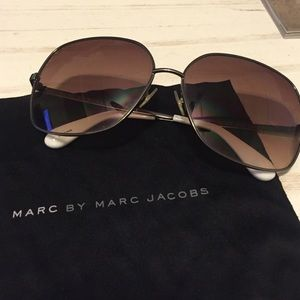 Marc by Marc Jacobs wire rimmed sunglasses