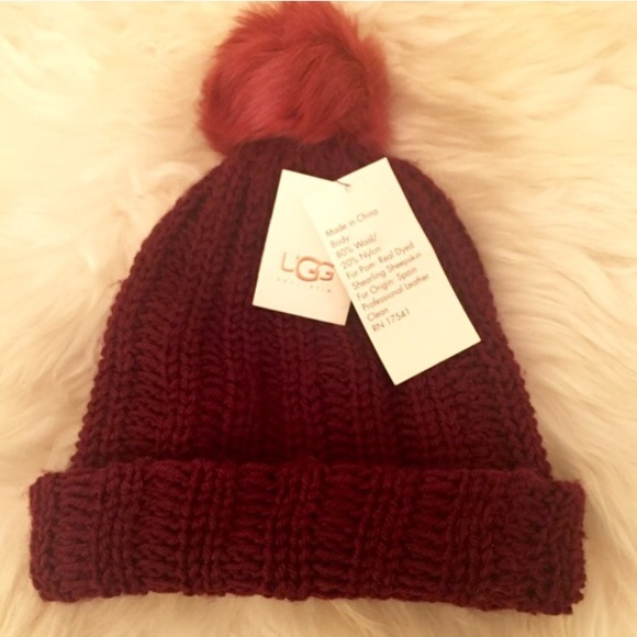 NWT UGG Wool Knit and Sheepskin Fur Winter Hat 2e82c3b73f3