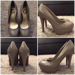 G by Guess taupe patent pumps size 6