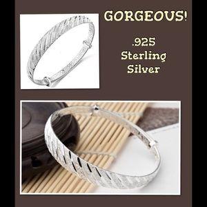 Jewelry - 🎀 SALE - .925 SS Bracelet 🎀