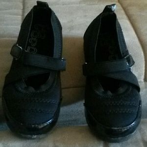 Other - Toddler casual shoe