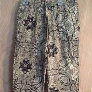 Urban Outfitters *NEVER WORN* jogger style pant