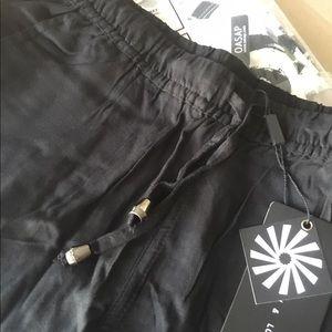 Oasap Pants - Black jogger style pants.