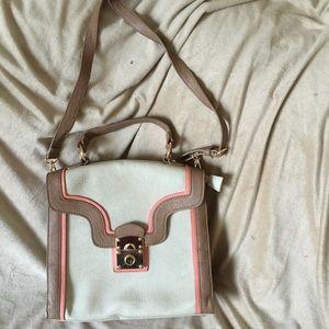 Cross body Melie Bianco purse