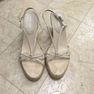 Banana Republic Wedge Sandals Size:7