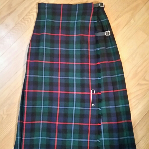 ca973f32f1 Brooks Brothers Dresses & Skirts - Vintage Brooks Brothers plaid skirt.