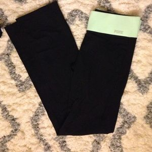 PINK reversible flare yoga pants