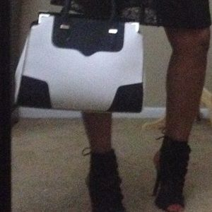 Rebecca Minkoff Amorous satchel ◾️◽️