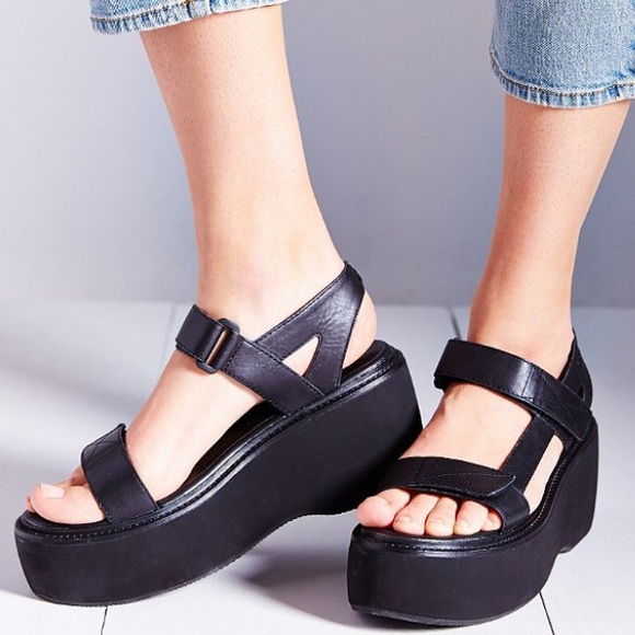 20c971fd541e Urban Outfitters Shoes