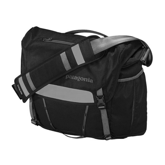 Patagonia Half Mass Laptop Bag 04c9352f072e2