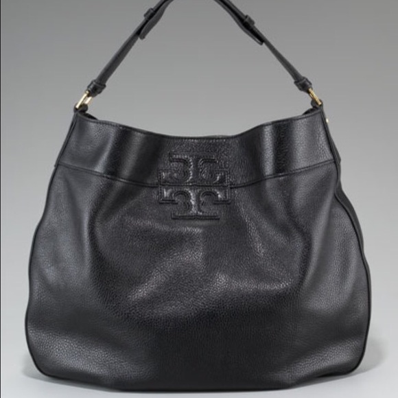 5e4417e7cc47 Authentic Tory Burch black leather stacked T hobo.  M 562af16a4e8d17e6d7001d57