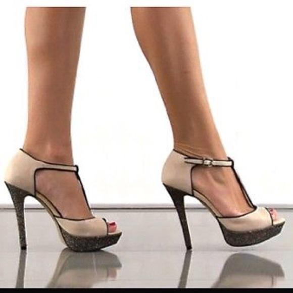 88aaf97381cf Jessica Simpson Shoes - Rare Jessica Simpson Bansi Heels in Bone