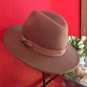 Berkeley Hat Shop Accessories - 100% wool Panama hat
