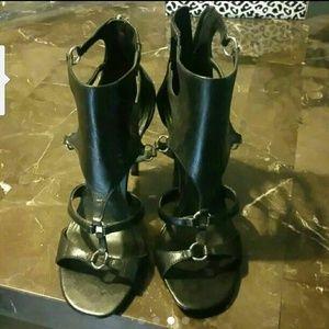 Fergie Shoes - Cute fergie gladiator style heels