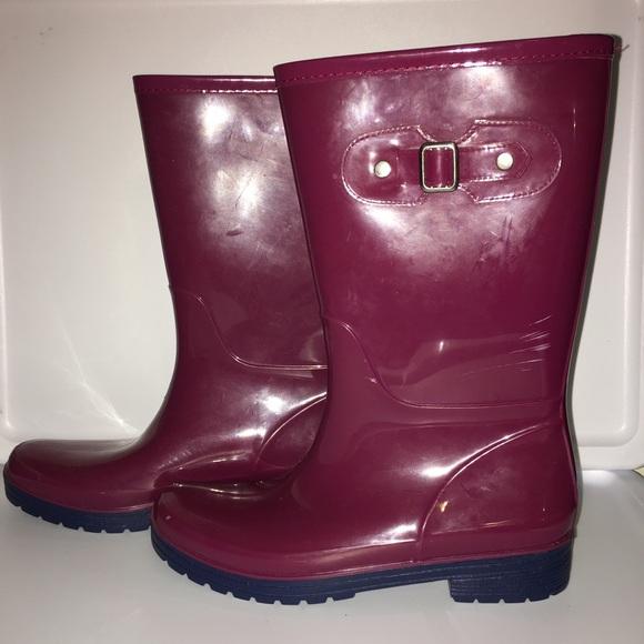 target shoes rain boots size 9 poshmark. Black Bedroom Furniture Sets. Home Design Ideas