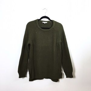 Madewell Sweaters - Madewell cozy olive sweater.