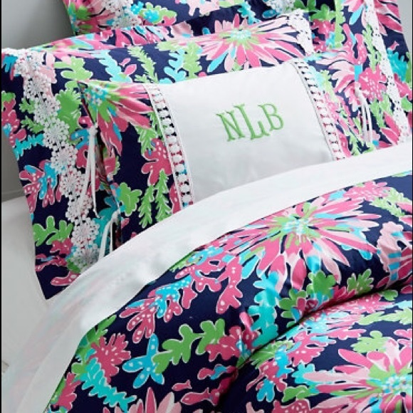 Lilly Pulitzer Bedding Sippin And Trippin Duvet Cover Poshmark