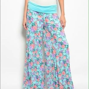 Uncommon Pants - 🌹HOST PICK BTB- new super soft flare leg pants S