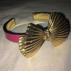 Lilly Pulitzer Seashell Bow Bangle