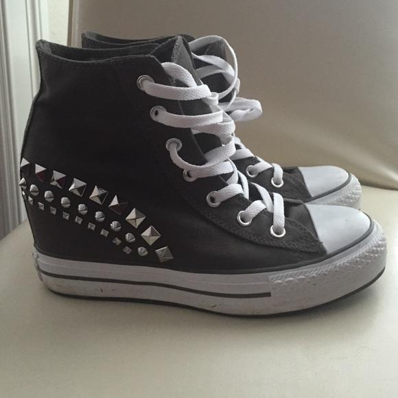 f188d77e2c5b14 Converse Shoes - EUC hidden wedge