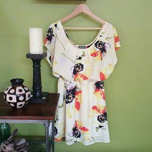 Maude Dresses & Skirts - Maude floral dress - size medium