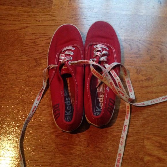 b15e81004941 keds Shoes - Red Taylor swift keds with red tour 2013 laces