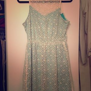 Maurice's lace dress size M
