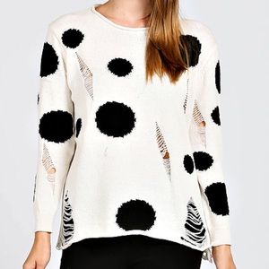 Closetblues by May & July Sweaters - 🎁 Distressed Polka Dot Sweater