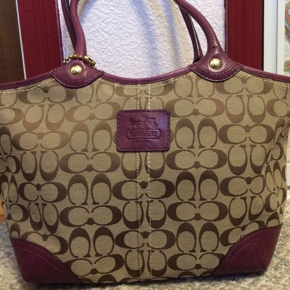 authentic coach outlet store online 7hy4  coach maroon bag