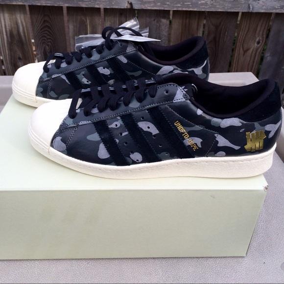 brand new 8ba46 010a3 Undefeated x Bape x Adidas Superstar80v Black Camo