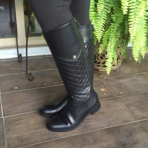 6e8b510341c Tory Burch Quilted riding boots. M 563d84126802785c8400d820
