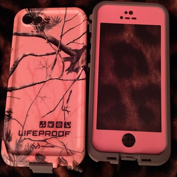 LifeProof Accessories - Pink Camo iPhone 5s lifeproof case 97a1c4b6d7