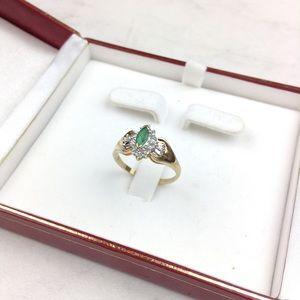 10K Gold Ring w/ Emerald