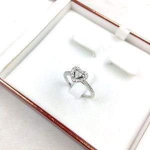 14K White Gold Heart Ring with Diamonds