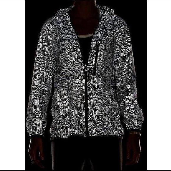 b5ac1e2290 Nike reflective zebra print jacket. M 56283a292fd0b75f18000016