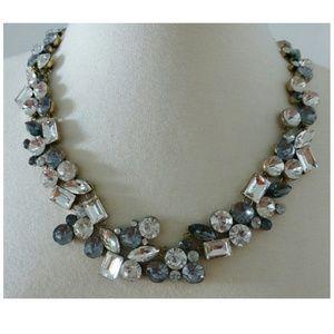 Jewelry - New! Shiny Rhinestone Statement Necklace