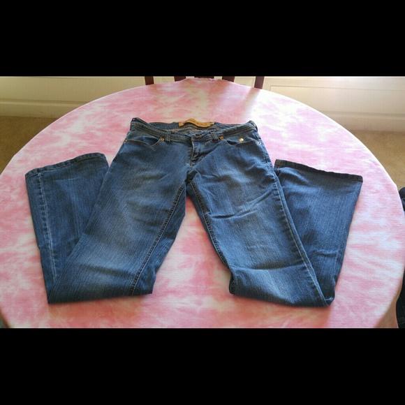 85% off Apple Bottoms Denim - 🎉 SALE 🎉 Apple Bottom jeans from ...