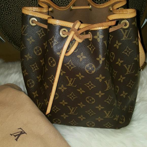 3c4affad0cff Louis Vuitton Handbags - Louis Vuitton Petit Noe Monogram 100% Authentic