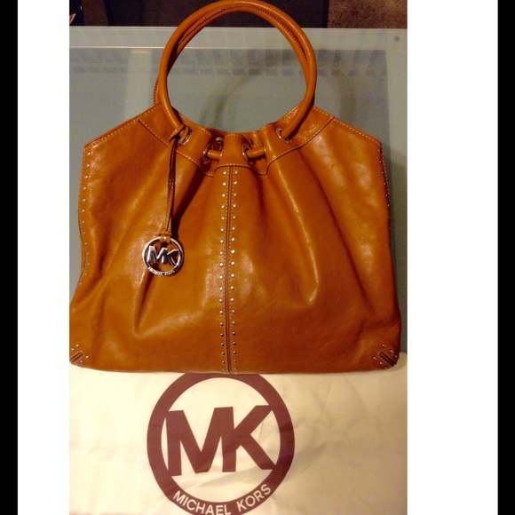 Michael Kors Purse - Large Brown Leather  👜