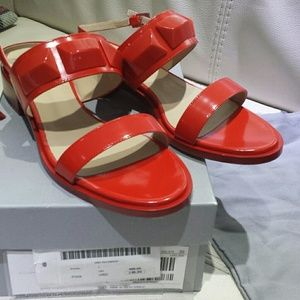 MAX MARA. MADE IN ITALY. BRAND NEW SANDALS.