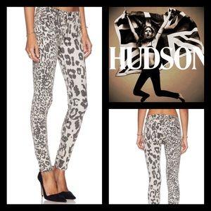 Hudson Jeans Denim - Hudson Nico Street side Super Skinnys