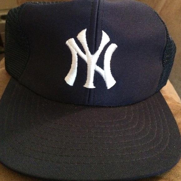 Coolhat Accessories - Vintage Yankees Snapback 20820b062f4