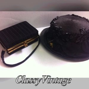 Vintage Handbags - Black ribbed vintage handbag