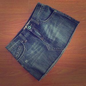 Roxy Dresses & Skirts - Roxy Distressed Denim / Jean Mini Skirt