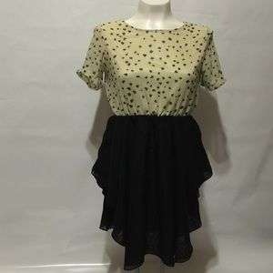 Tops - SALE!!!🎉🎉🎉Cream and Black Shirt with Hearts