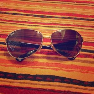 Ray-Ban Accessories - Ray-Ban sunglasses Authentic.